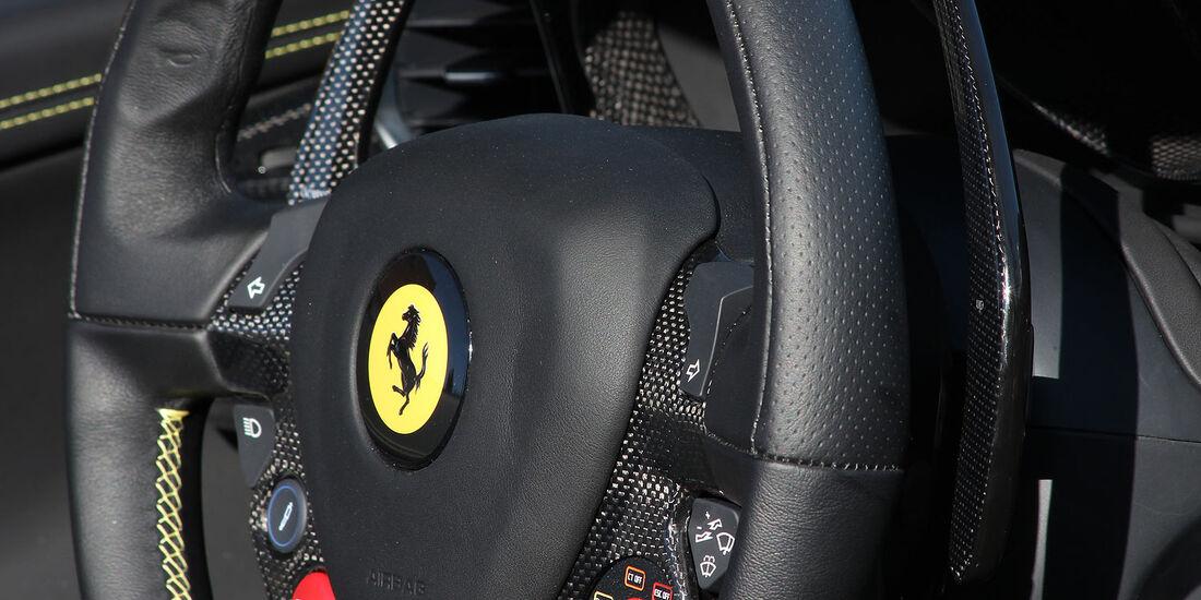 05/2012, Novitec Rosso Ferrari 458 Spider,Lenkrad