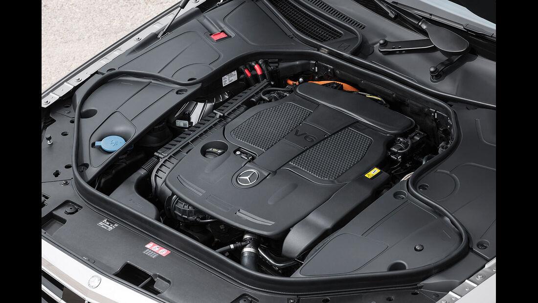 05/2013, Mercedes S-Klasse, Motorraum