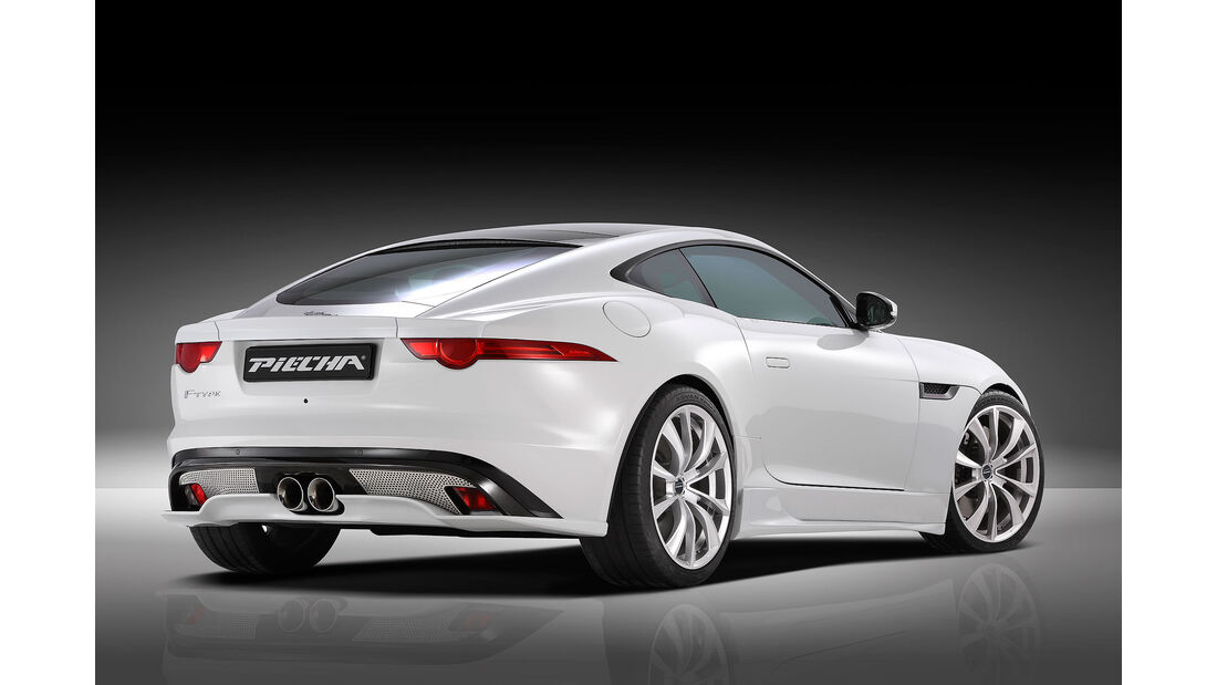 05/2015, Piecha Jaguar F-Type Coupé
