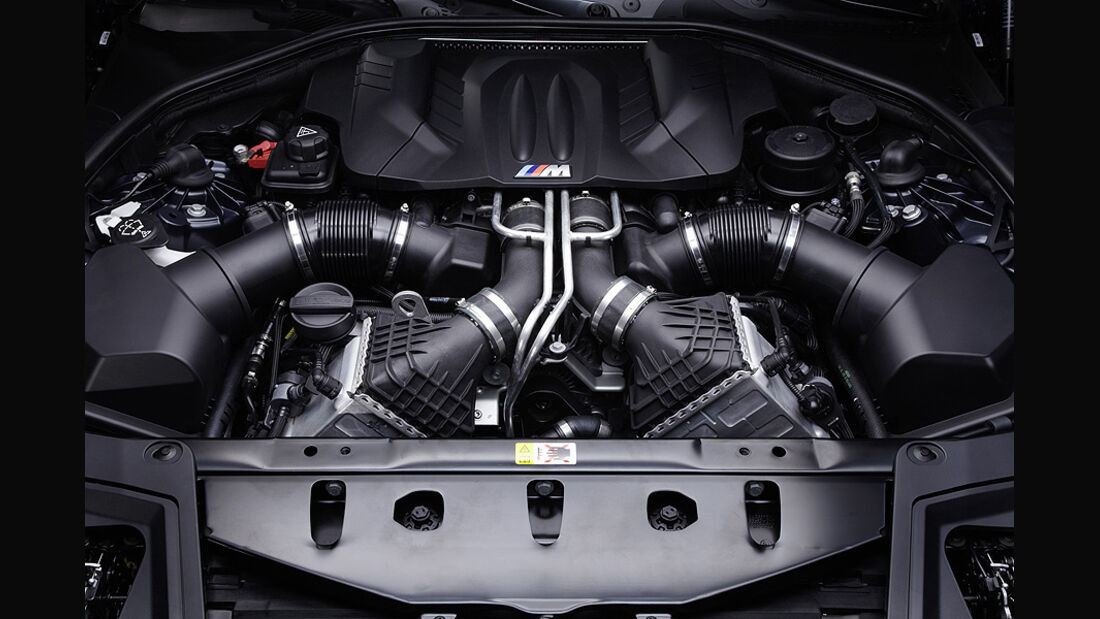 06/11 BMW M5 Limousine, Motor