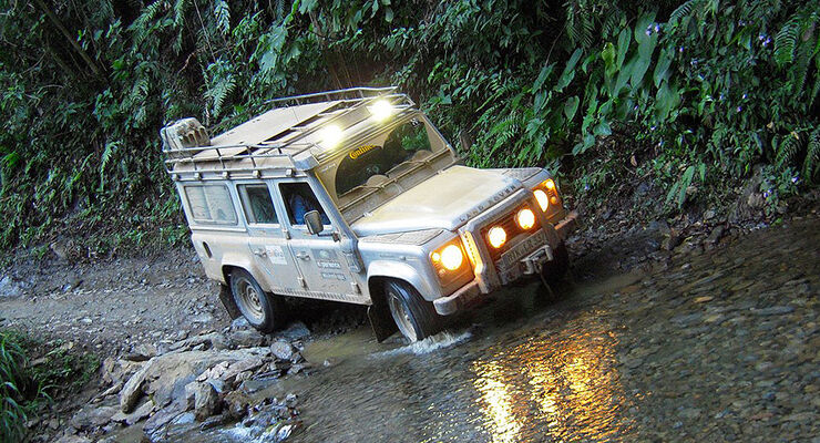 06/11 Land Rover Experience Tour 2011, Land Rover Defender, Grundhoff