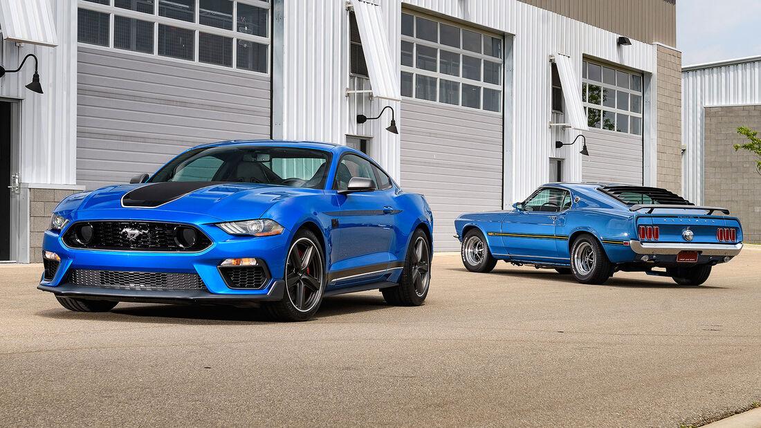 2022 Ford Mustang Hybrid