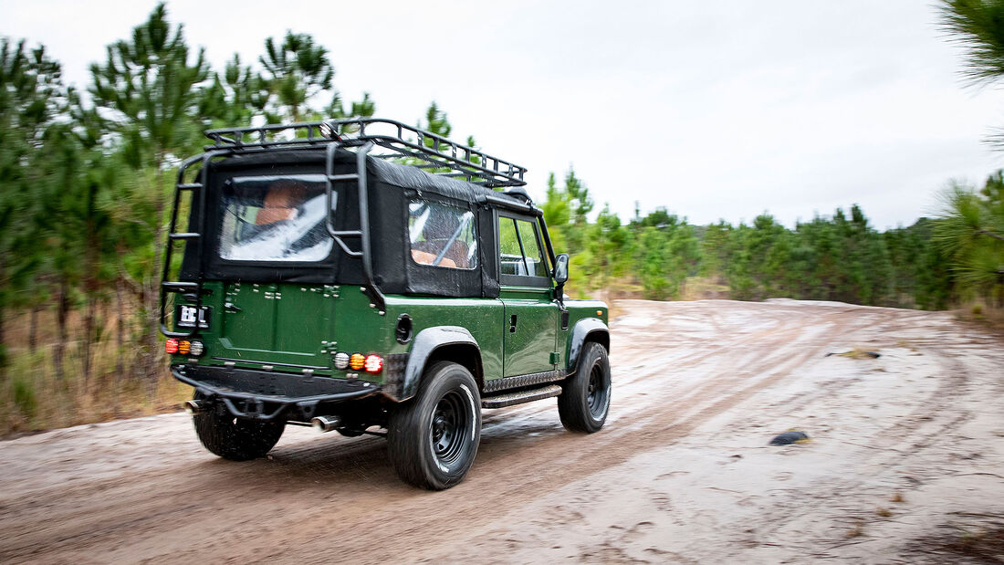 06/2020, E.C.D. Land Rover Defender Project Family Vacation