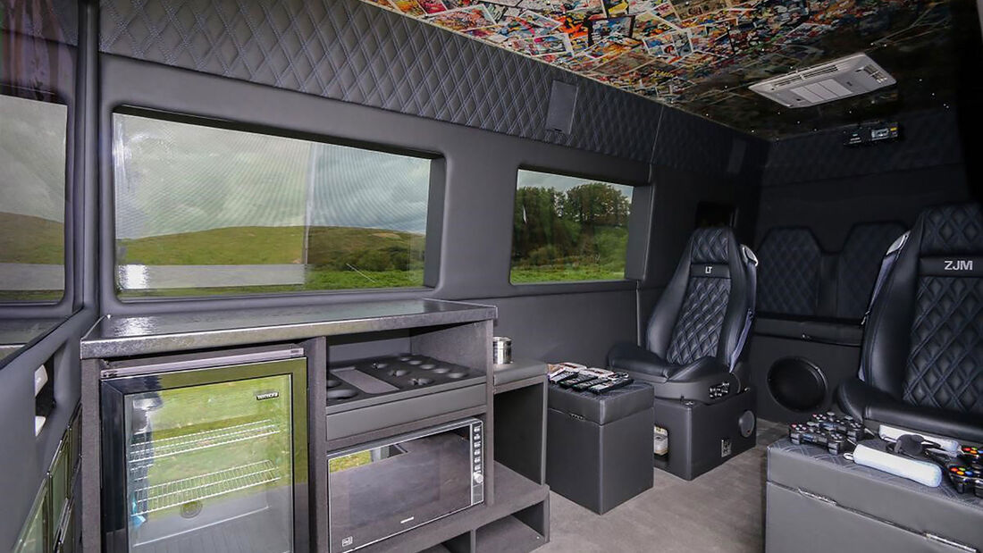 07/2019, VW Crafter Mystery Machine One Direction