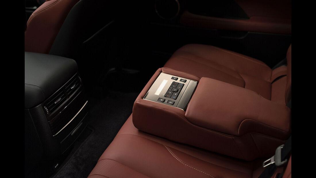 08/2015, Lexus LX 570 Facelift