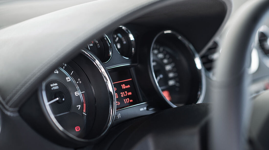 09/2012, Peugeot RCZ Facelift, Cockpit, Innenraum