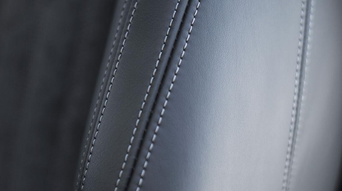 09/2012, Peugeot RCZ Facelift, Kontrastnähte