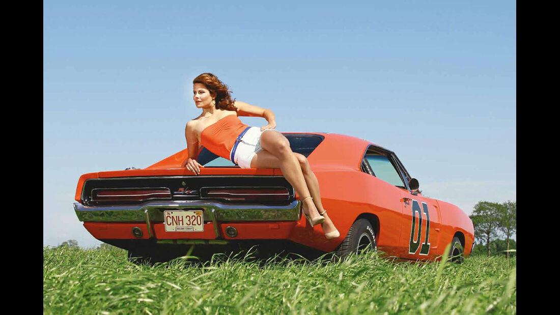 09/2015 GIRLS & LEGENDARY US-CARS Kalender Carlos Kella