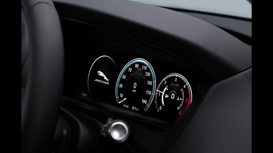 09/2015, Jaguar F-Pace Sperrfrist