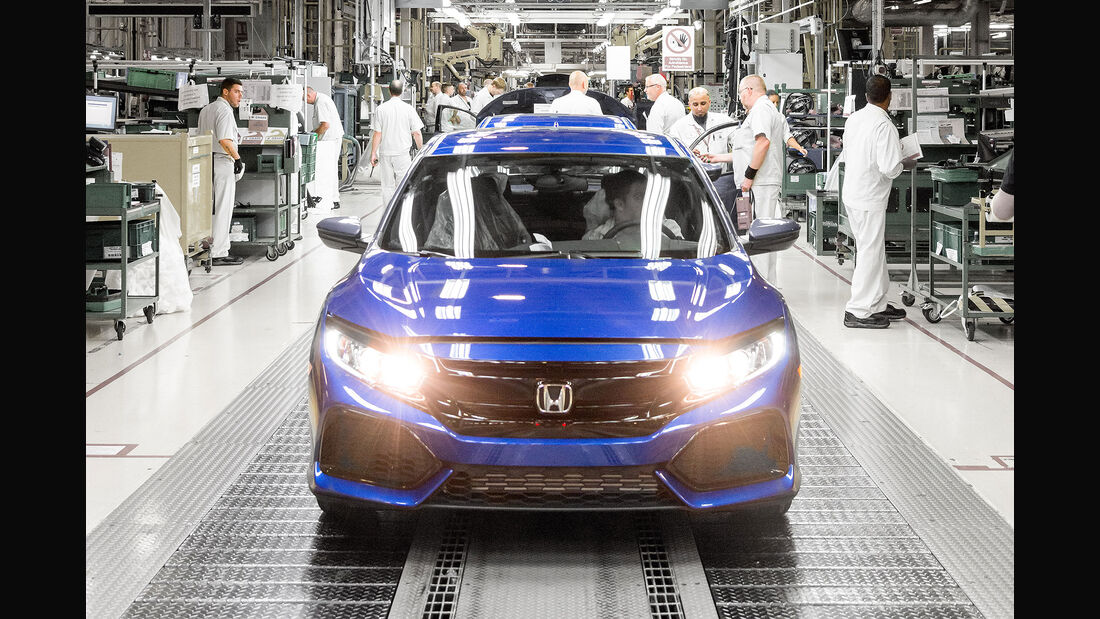 09/2016 Honda Civic Hatchback 16.9.2016 8.00 Uhr Sperrfrist Produktion Fertigung Swindon