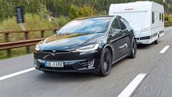 09/2019, Tesla Model X mit Dethleffs Caravan