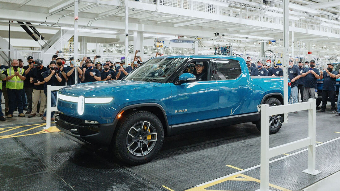 09/2021, Rivian R1T Erstes Serienauto rollt vom Band
