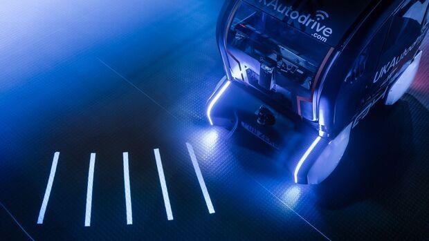 1/2019, JLR Automomer Pod Signale
