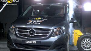 10/2014, EuroNCAP, Mercedes V-Klasse