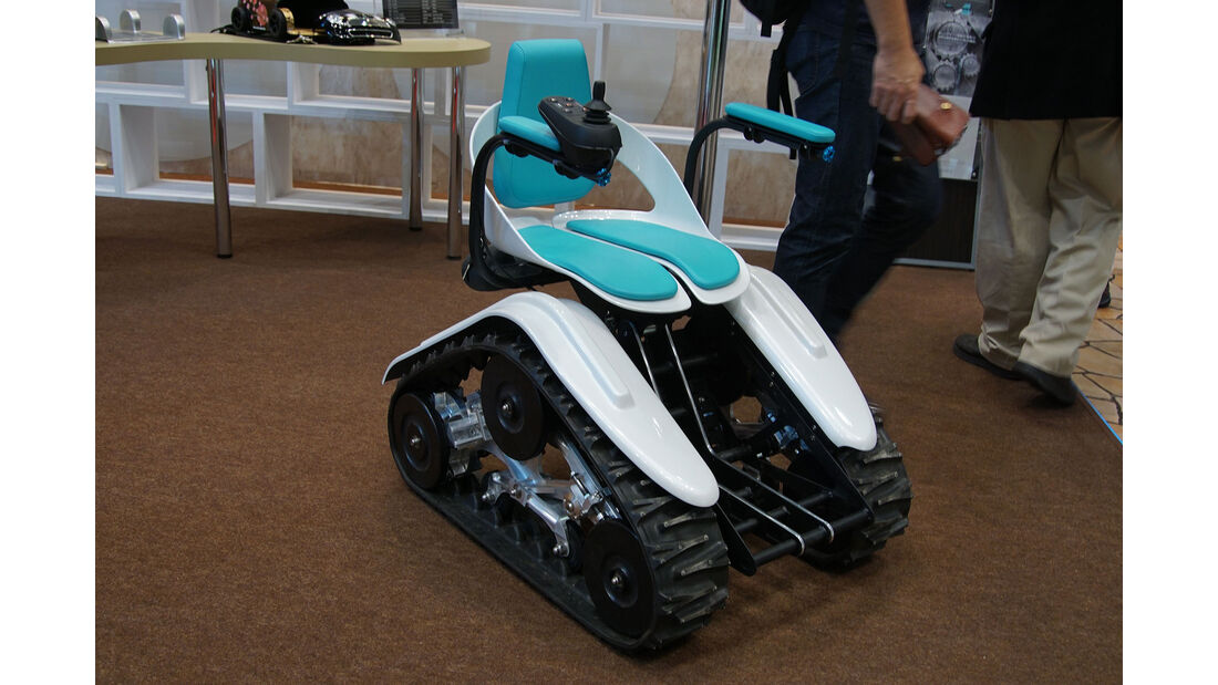 10/2015, Tokio Motor Show skurril Luca Leicht