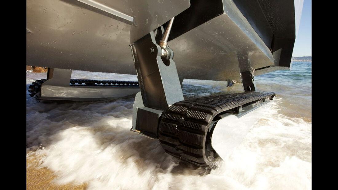 10/2019, Iguana X100 Boot mit Kettenantrieb