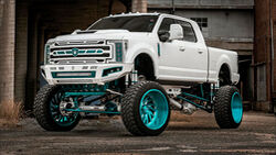 10/2020, 2017 Ford F-250 von Elite Customs Auto Body