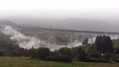 10/2020, Sprengung Alte Talbrücke Eisern bei Siegen