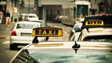 10/2021, Taxi