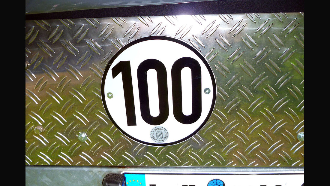 100 km/h Zulassung Anhänger Schild