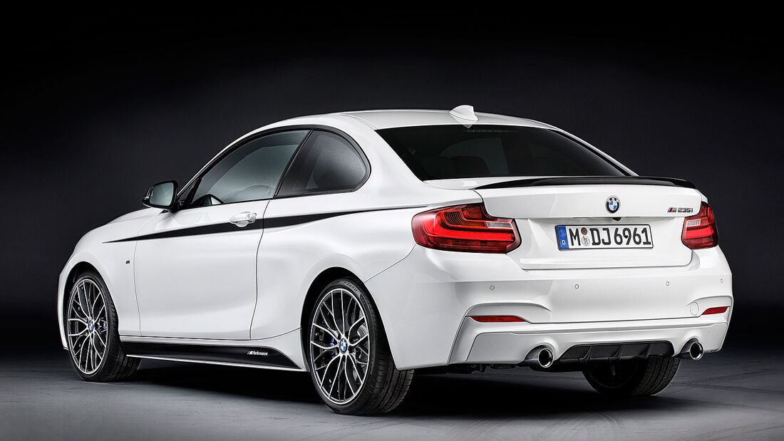 11/2013 BMW 2er M Performance Bauteile