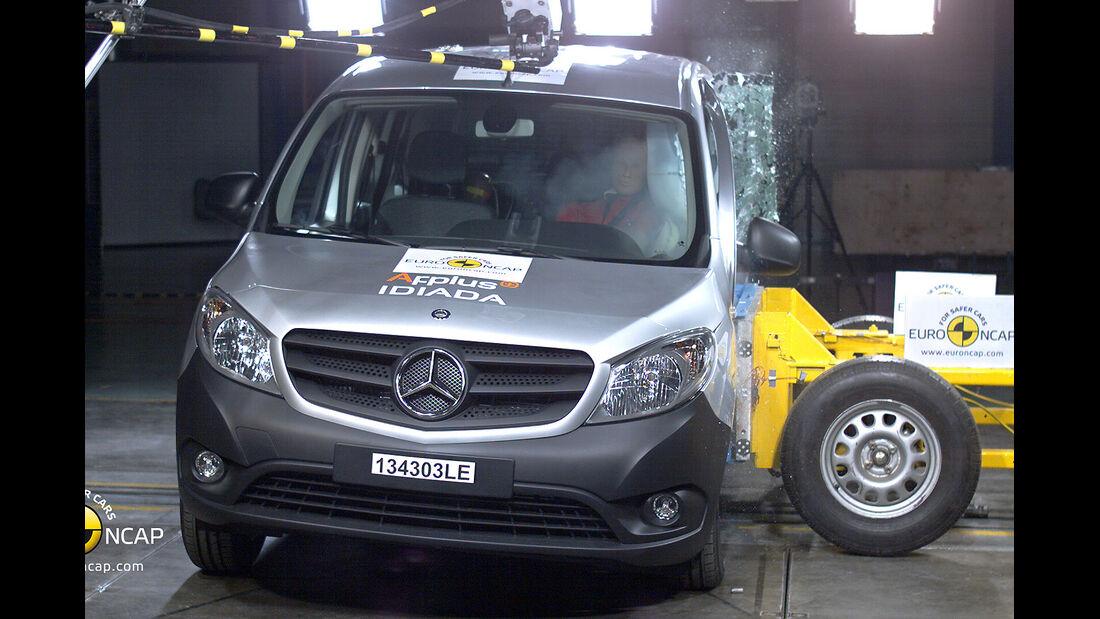11/2013, EuroNCAP-Crashtest, Mercedes Citan