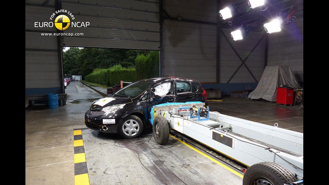 11/2013, EuroNCAP-Crashtest, Nissan Note