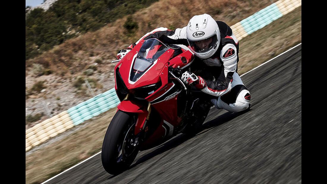 11/2016 Motorrad Neuheiten EICMA 2030