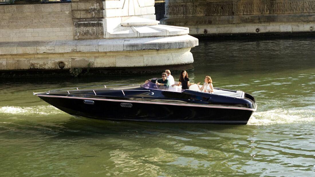 11/2019, Black Swan Elektro Motorboot