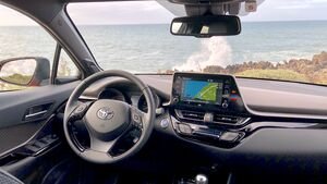 11/2019, Toyota C-HR Facelift Cockpit