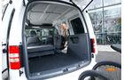 12/2012 ams27/2012, Vergleichstest VW Caddy 1.6 TDI Trendline, Kofferraum