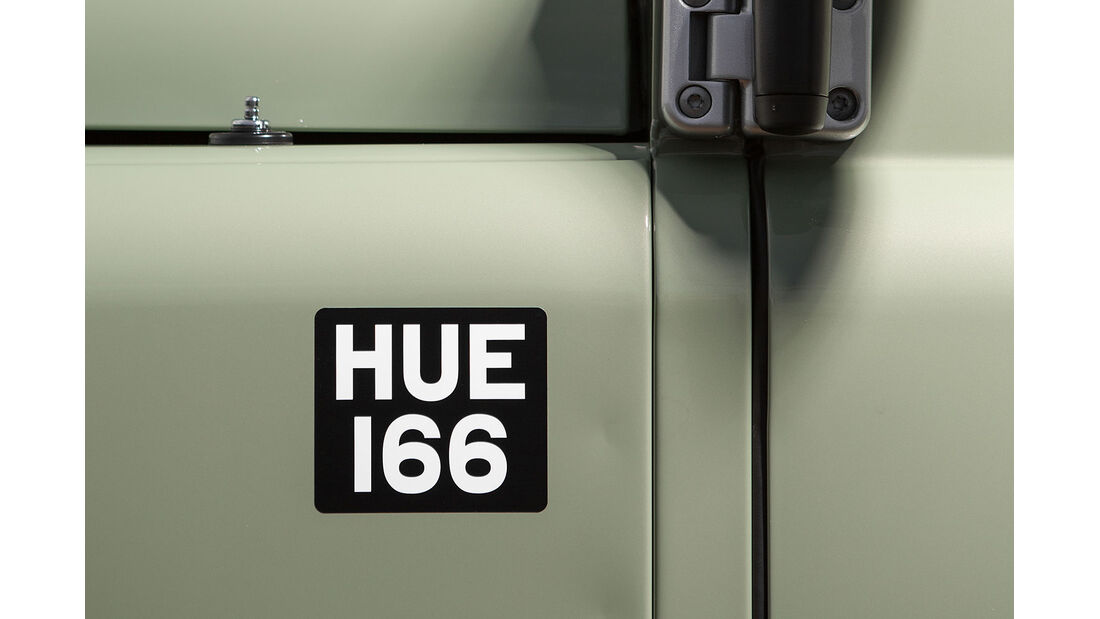 12/2014, Land Rover Defender Limited Edition Heritage