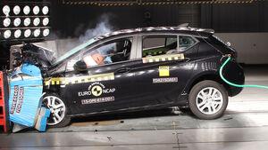 12/2015 EuroNCAP Crashtest Opel Astra