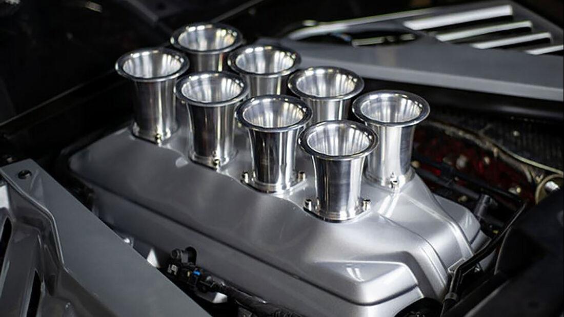 12/2020, Fake-Ansaugtrichter für die Corvette C8