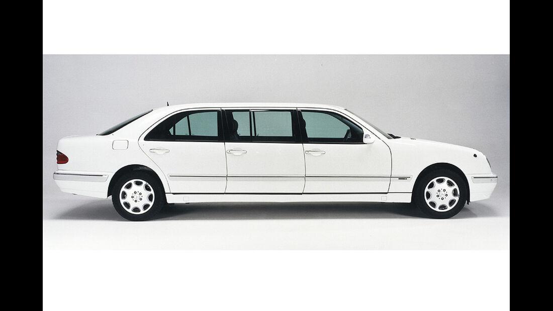 1210, Binz Mercedes E-Klasse T-Modell, langer Radstand