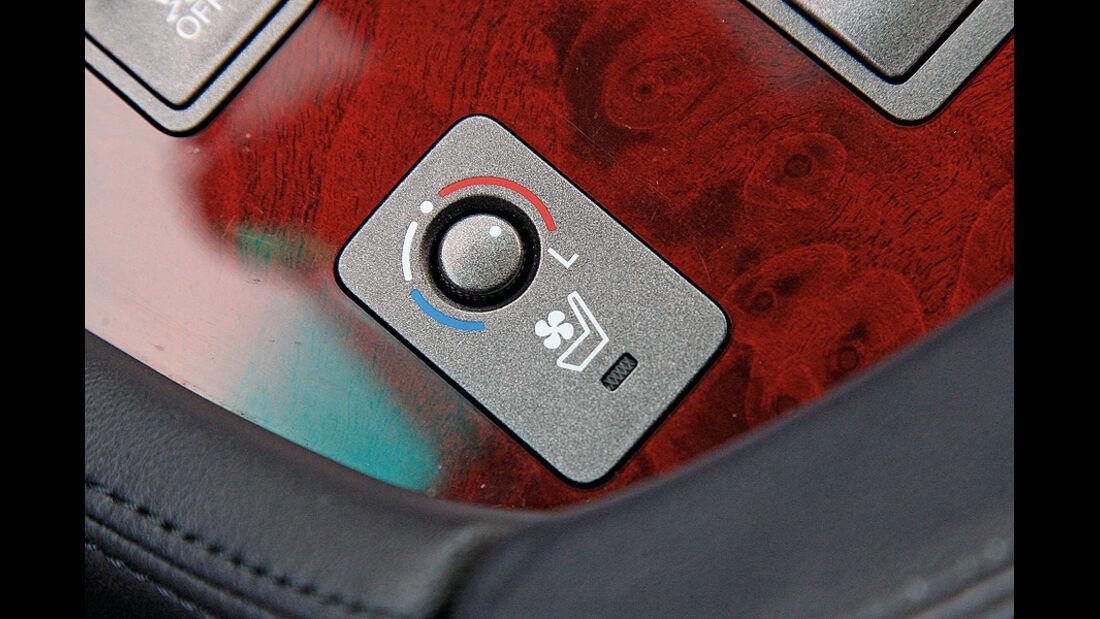 1210, Dauertest Lexus LS600h, Schalter klimatisierte Sitze