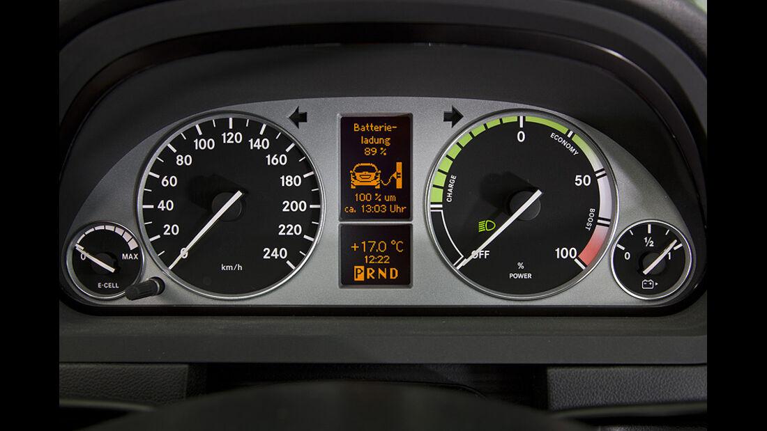 1210, Mercedes A-Klasse E-Cell, Instrumente, Tacho
