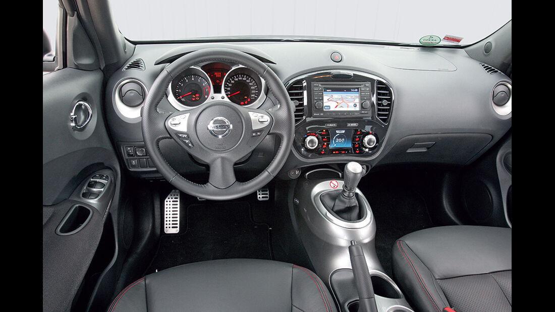 1210, Nissan Juke 1.6 DIG, Innenraum
