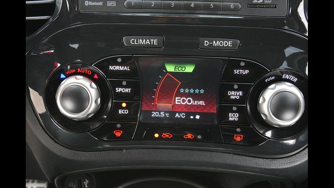 1210, Nissan Juke 1.6 DIG, Mittelkonsole