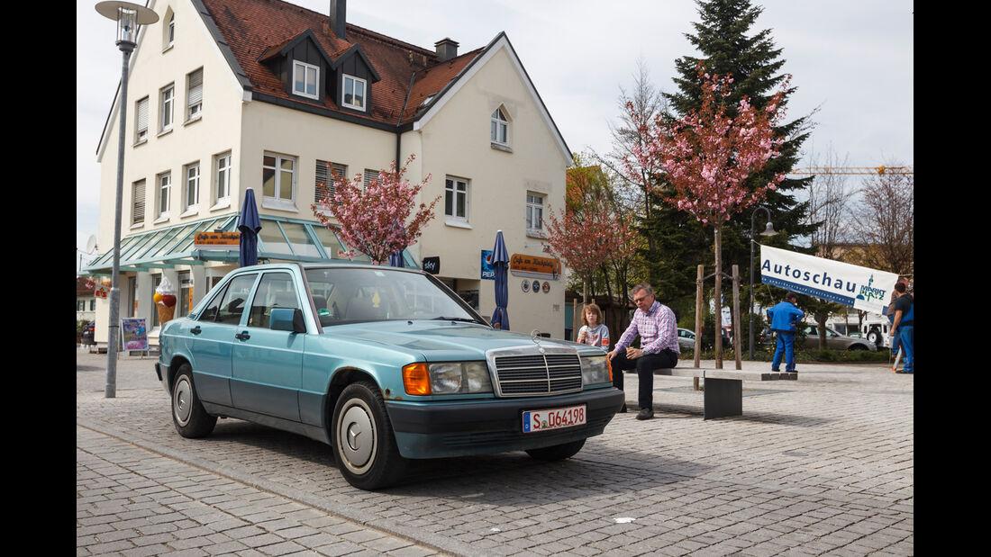 15 Youngtimer ab 798 Euro, Kiesplatz, Händler, Impression