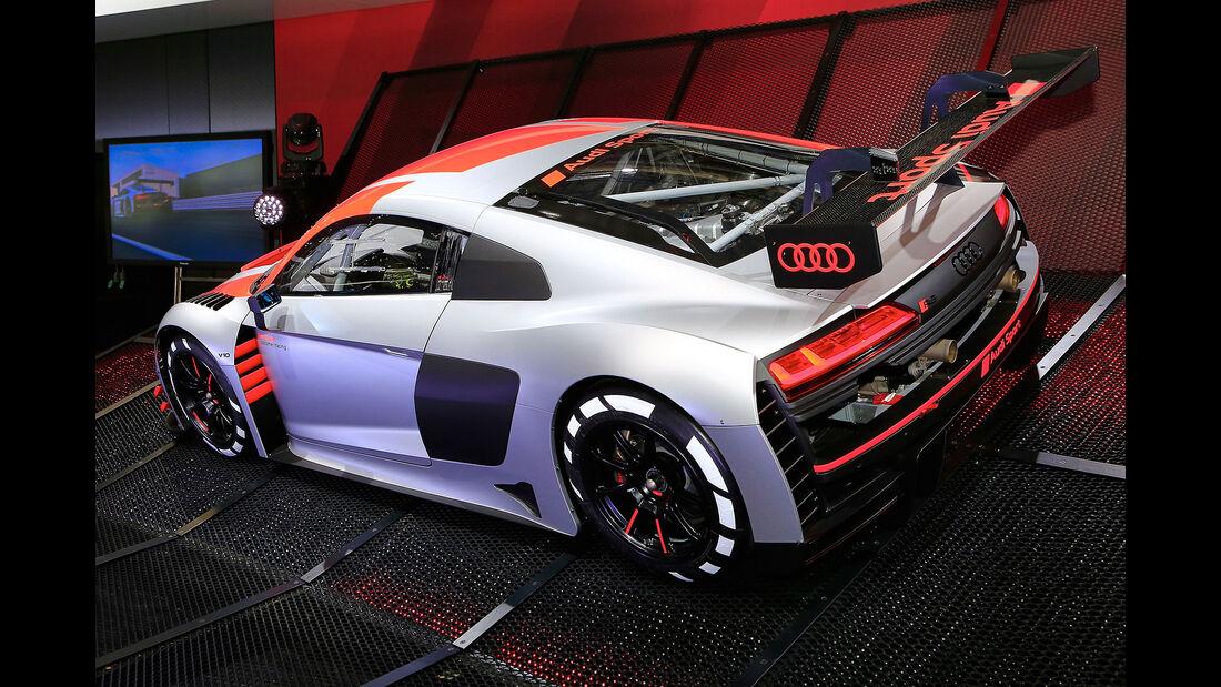 18/2018, Audi R8 LMS GT3 auf dem Autosalon Paris 2018