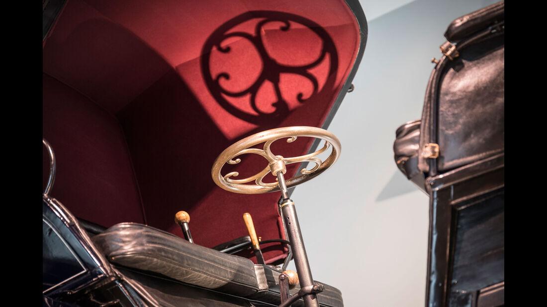 1896 Daimler Riemenwagen Vis-à-Vis - Mercedes-Museum