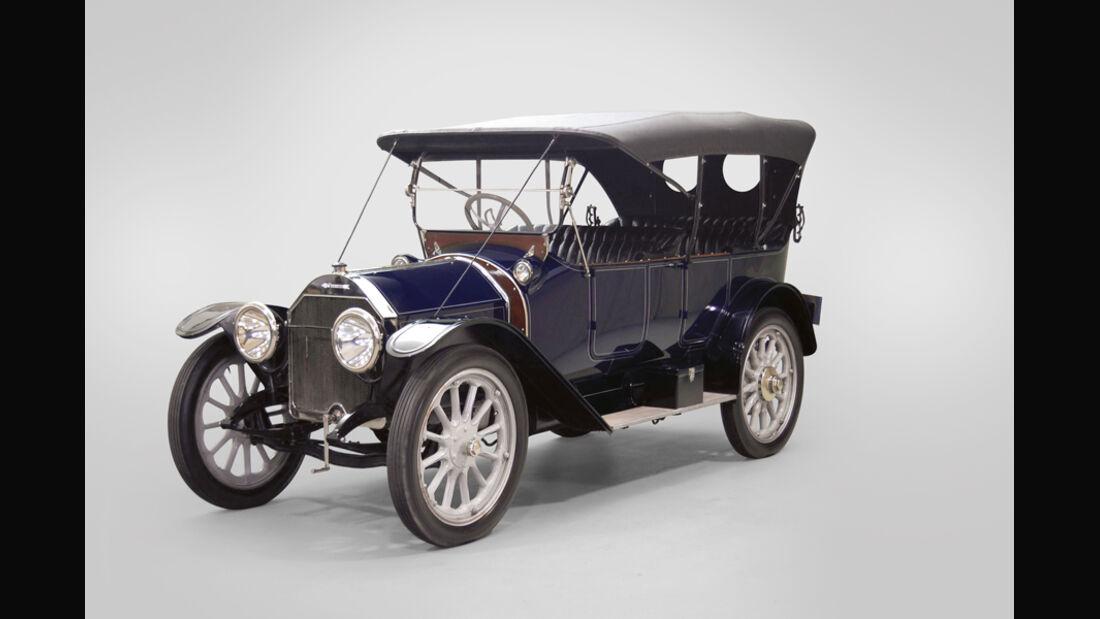 1913 Pathfinder 5-Passenger Touring