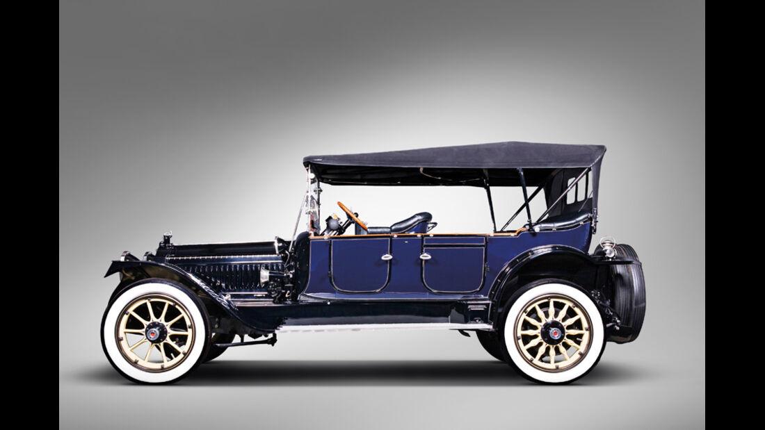 1914er Packard Model 4-48 Five-Passenger Touring