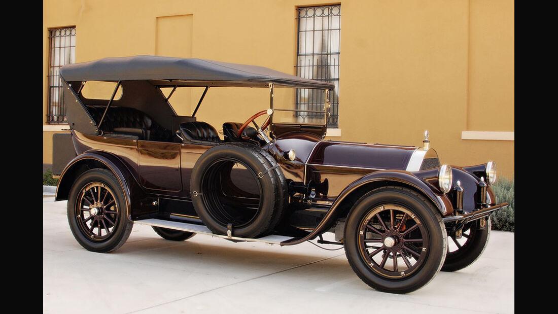 1915 Pierce-Arrow Model 48 7-Passenger Touring