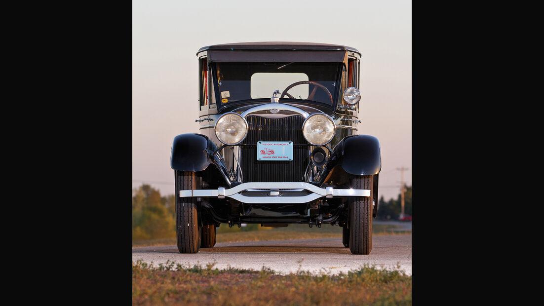 1927 Lincoln Model L Seven-Passenger Berline