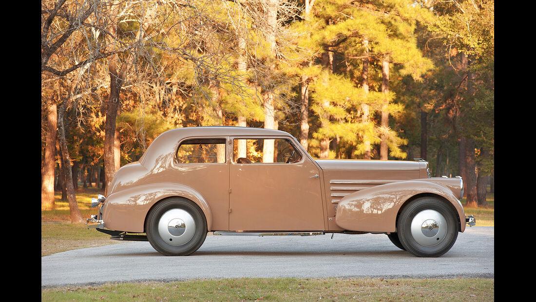 1932 Marmon HCM V-12 Two-Door Sedan Prototype