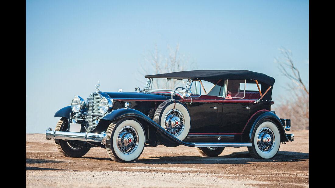 1932 Packard Deluxe Eight Phaeton