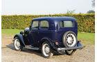 1932er Ford Model Y Saloon