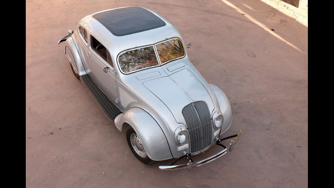 1934 DeSoto Airflow Coupé